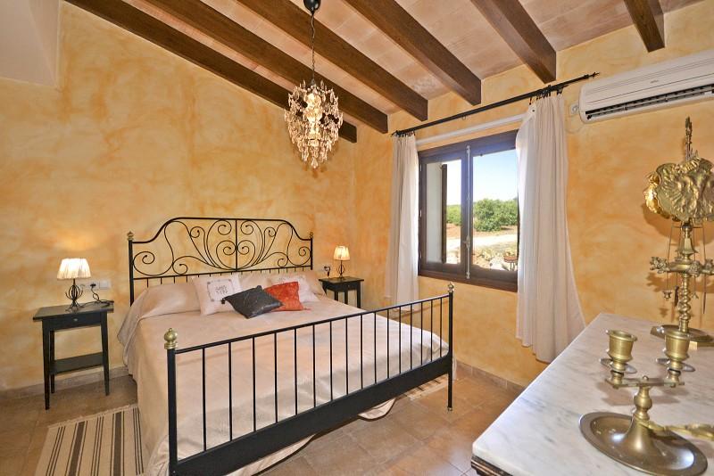 Finca Hermosa de Dia auf Mallorca mit Pool von privat