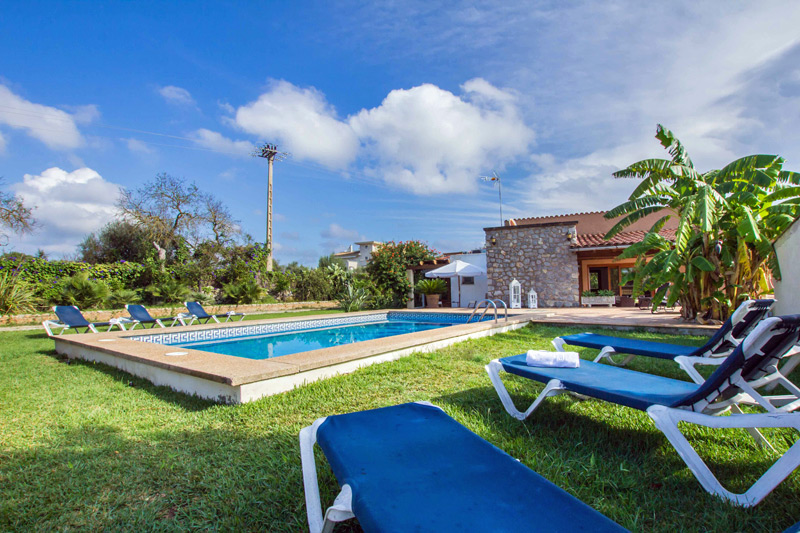 Finca Dona Maria auf Mallorca mit Pool mieten - Las Islas Reisen
