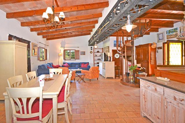 ferienhaus lorenzo auf mallorca mit internet pool mieten. Black Bedroom Furniture Sets. Home Design Ideas