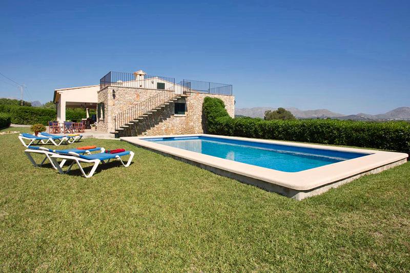 Sommerküche Terrasse : Finca luduvico auf mallorca mit pool und sommerküche