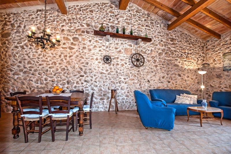 Steinwand Fur Den Innenbereich : Finca Neria bei Cas Concos auf Mallorca mit Pool