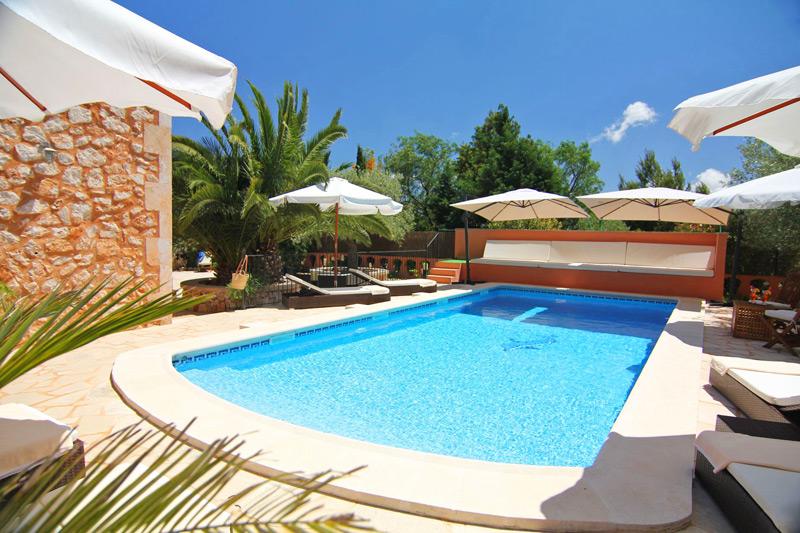 Ferienhaus Tarja auf Mallorca mit Internet & Pool