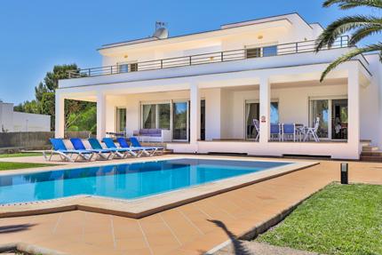 Villa Estupendo