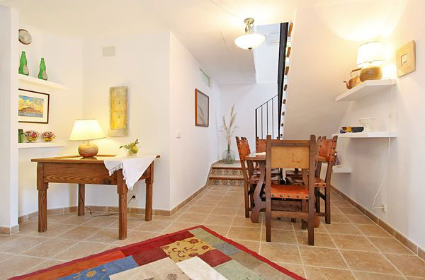 finca bianchi auf mallorca mit pool mieten las islas reisen. Black Bedroom Furniture Sets. Home Design Ideas