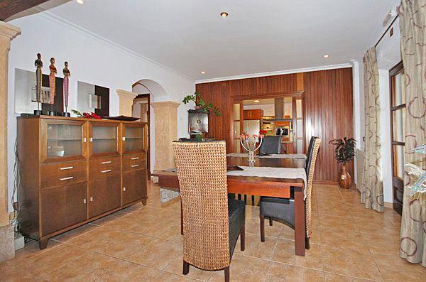 finca selecto bei ariany auf mallorca mit pool mieten. Black Bedroom Furniture Sets. Home Design Ideas