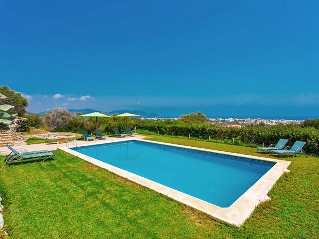 Villa Cala Millor Pool
