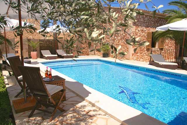 Ferienhaus Campos Poolterrasse