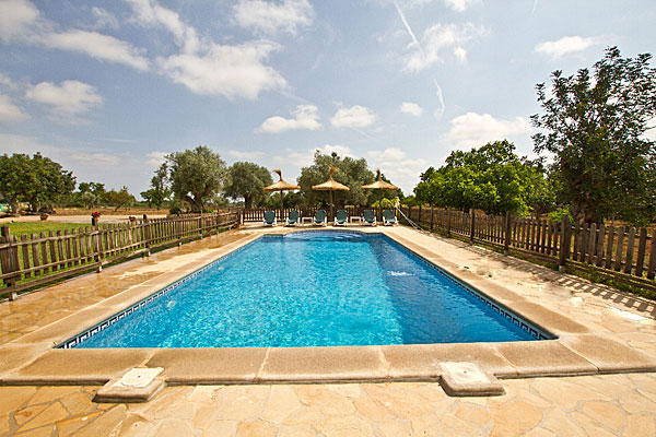 Finca Santa Margalida Pool