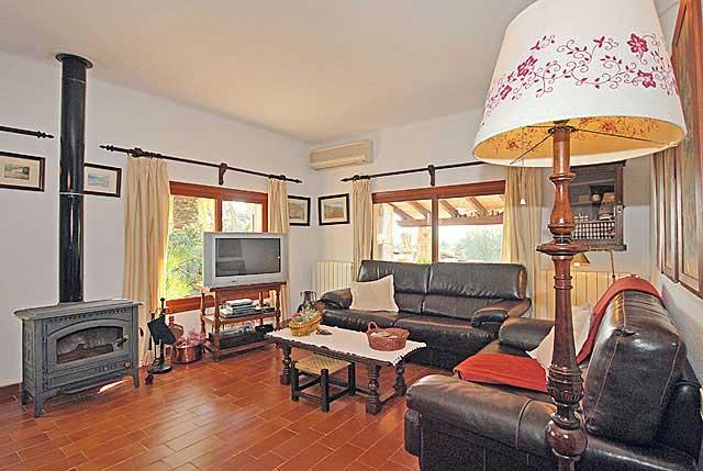 finca selinas auf mallorca mit umz untem pool mieten. Black Bedroom Furniture Sets. Home Design Ideas