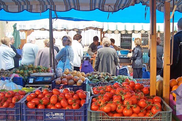Wochenmarkt in Alaro