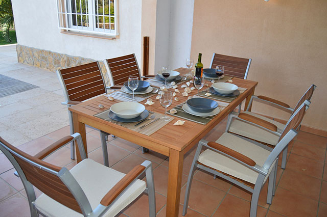 Ferienhaus Cala Pi überdachte Terrasse