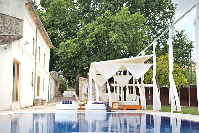 Finca Selva Terrasse und Pool