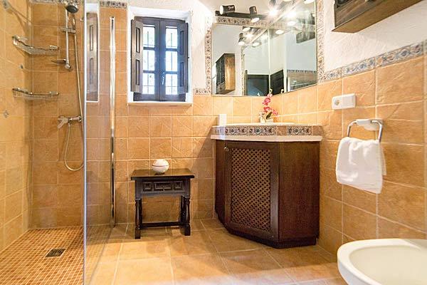 ferienhaus lupinos mallorca mit pool kinderfreundlich. Black Bedroom Furniture Sets. Home Design Ideas
