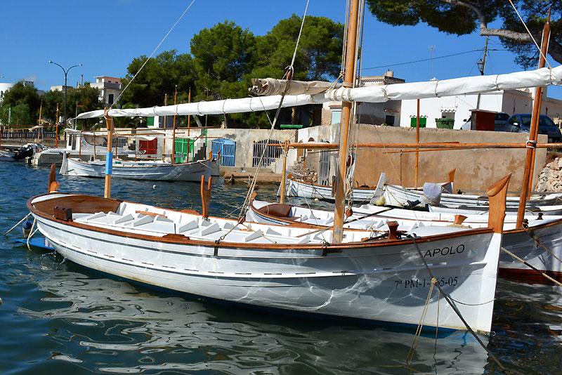 Boote im Hafen von Porto Colom