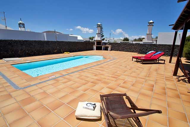 Ferienhaus San Bartolome Pool