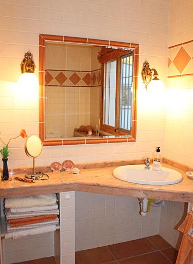 ferienhaus angeles bei algarrobo in andalusien mit pool. Black Bedroom Furniture Sets. Home Design Ideas